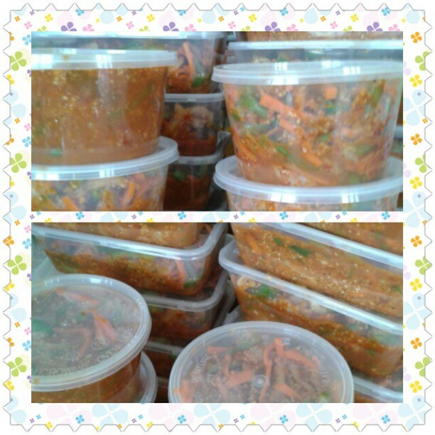 all in the container and ready to eat..:)